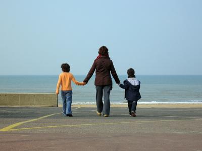 En France, près d'une famille sur trois est monoparentale.
